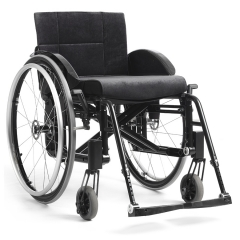 images/produits/low/9-04-18-17h27_576487etaccrosswheelchair5active3ablackangled.jpg